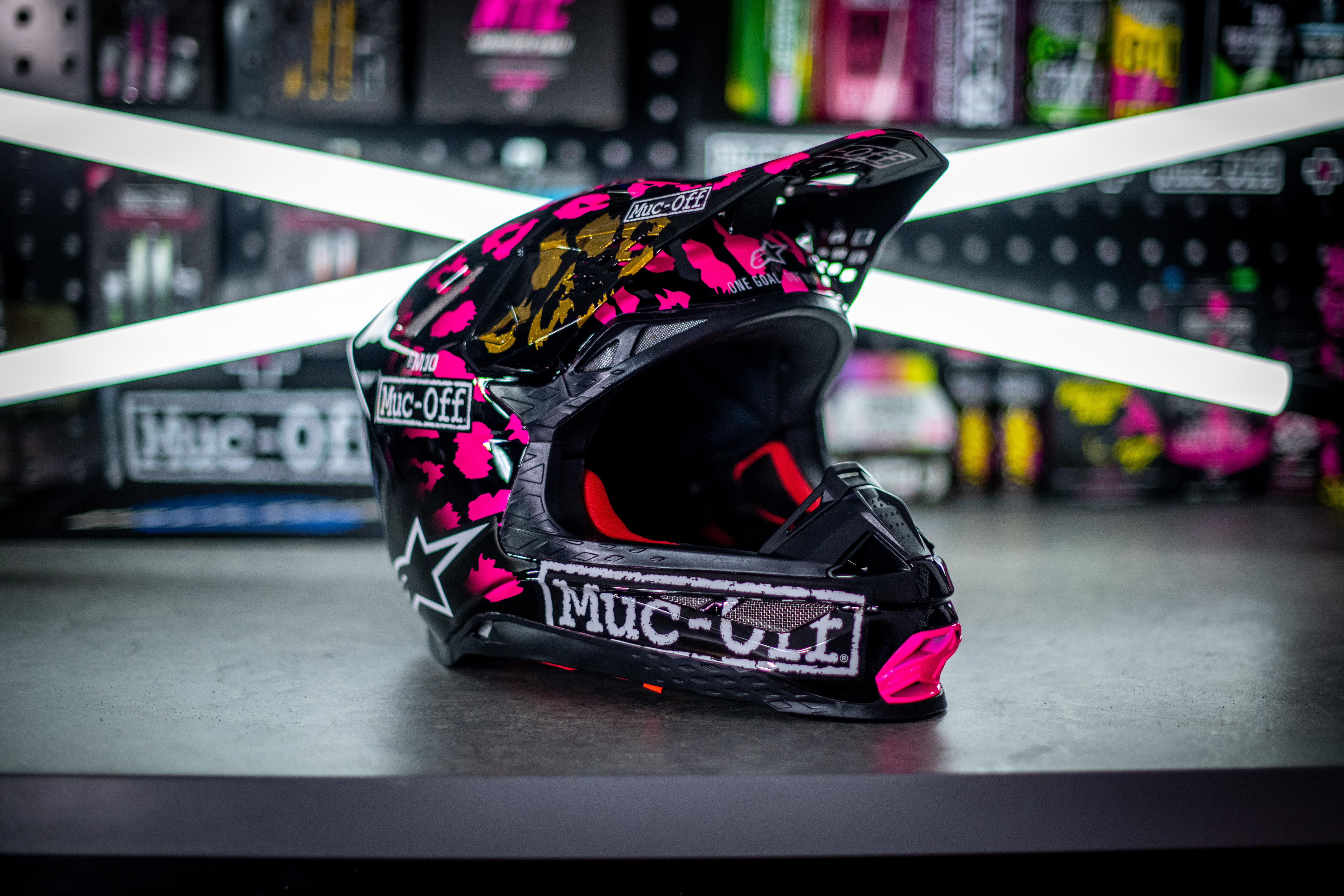 Jake Shipton - Custom Helmet Image 5