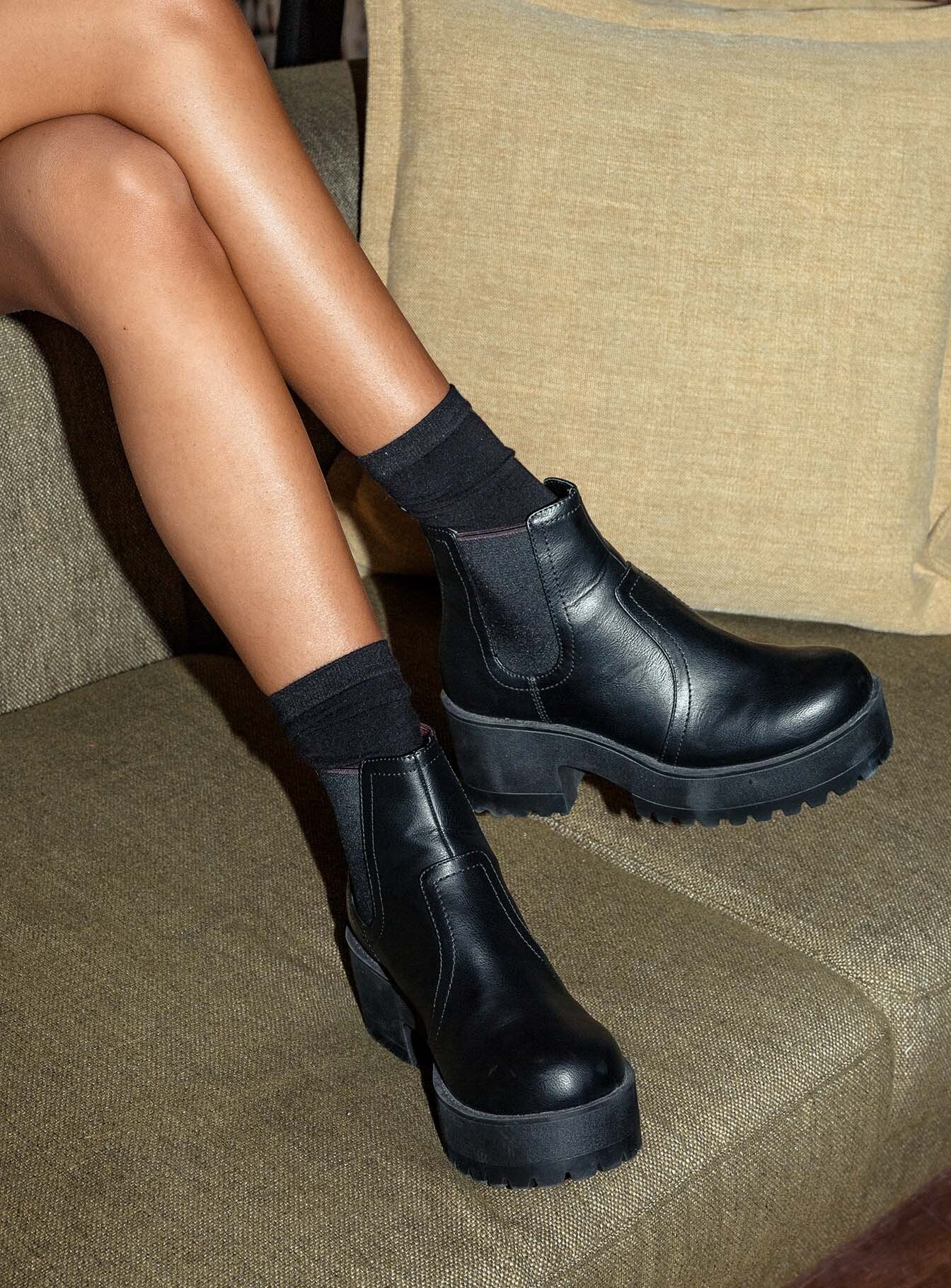 Boots (Side A)