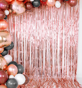 92cm x 2.44m Red Tinsel Shimmer Foil Door Curtain Party Decoration