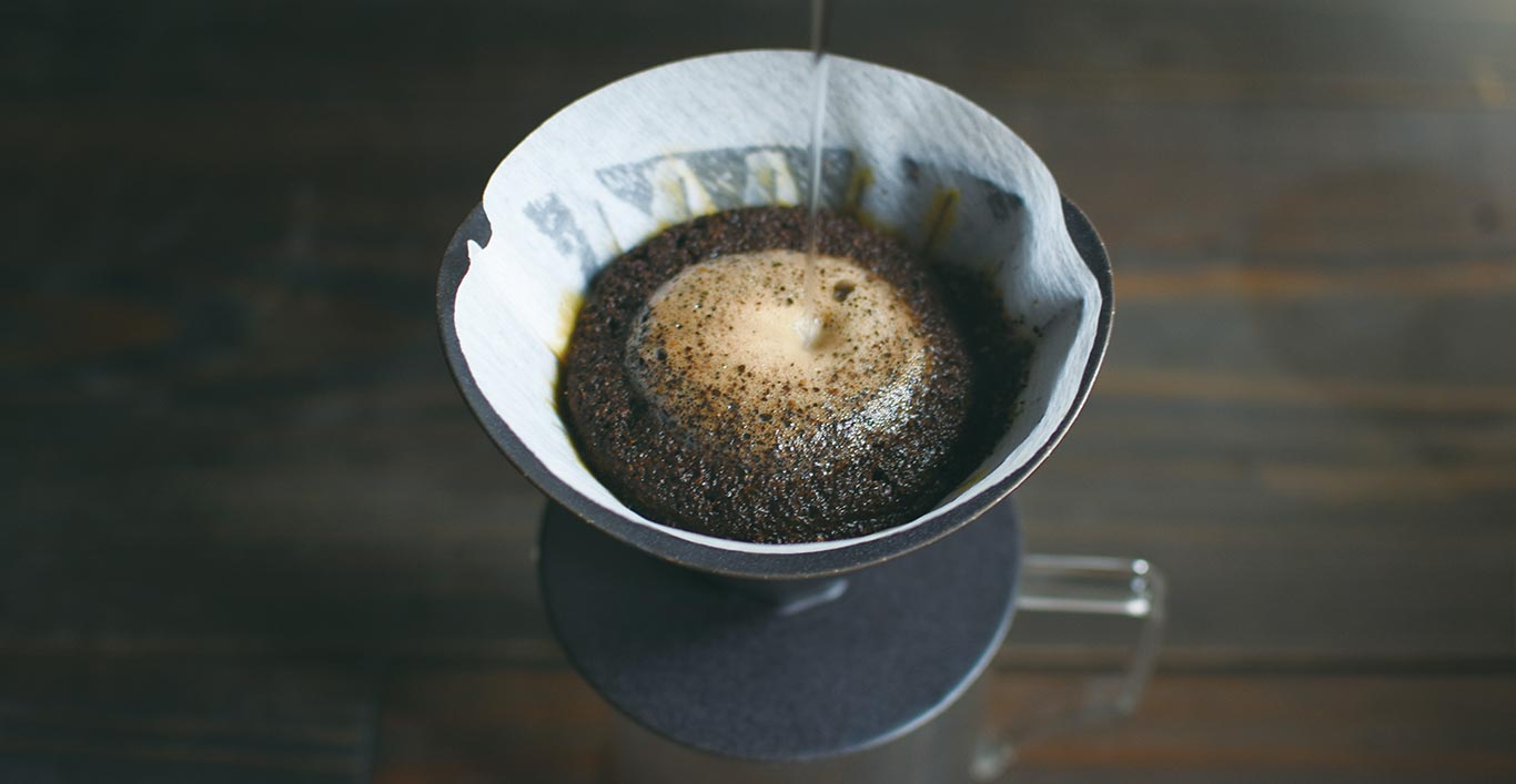 Making pour over coffee with OCT brewer and server