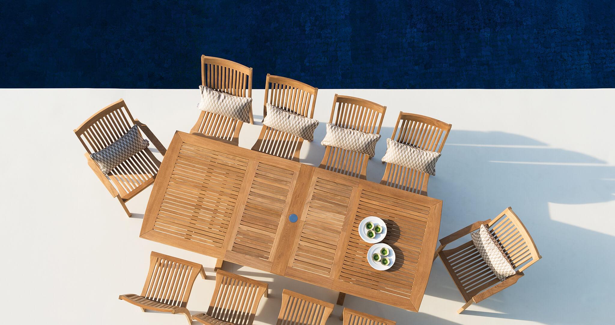 Burnham outdoor dining table set