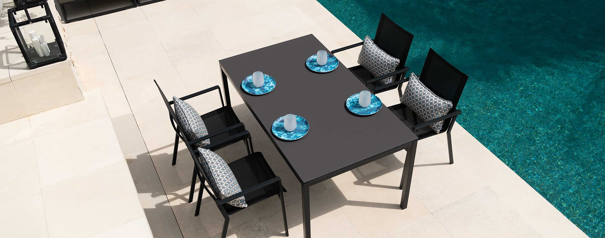 Lucerne luxury garden table