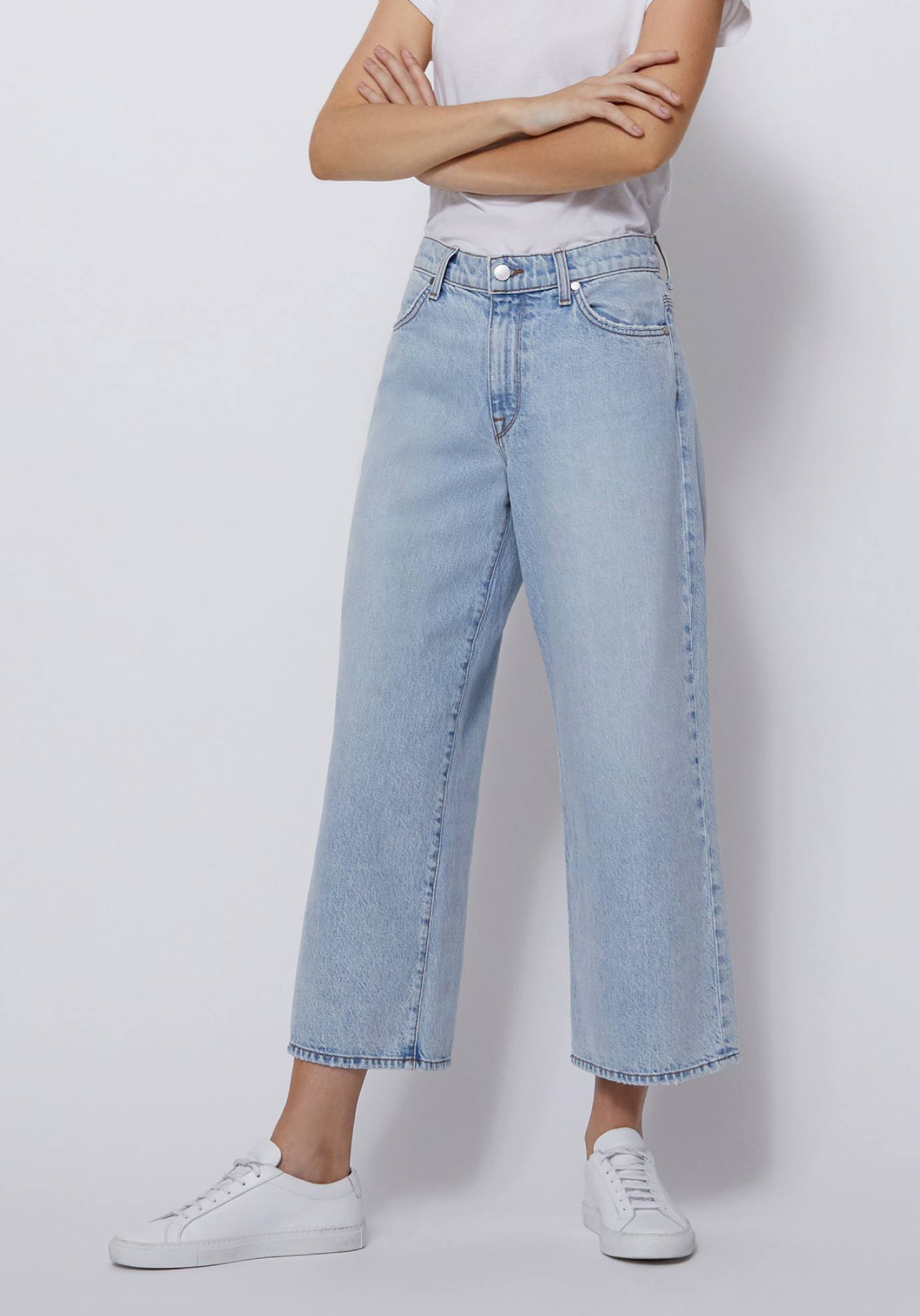 Shop Women's Cropped Wide Leg Jeans