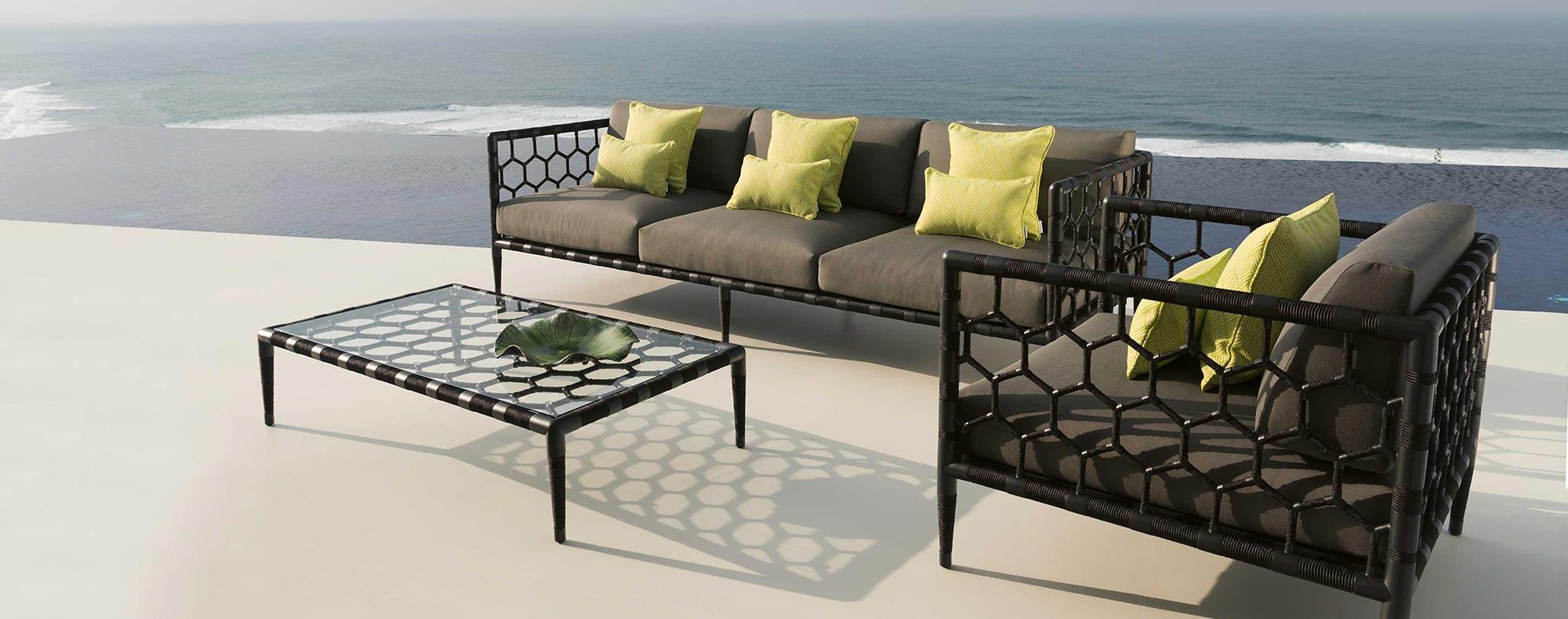 Marina outdoor coffee table