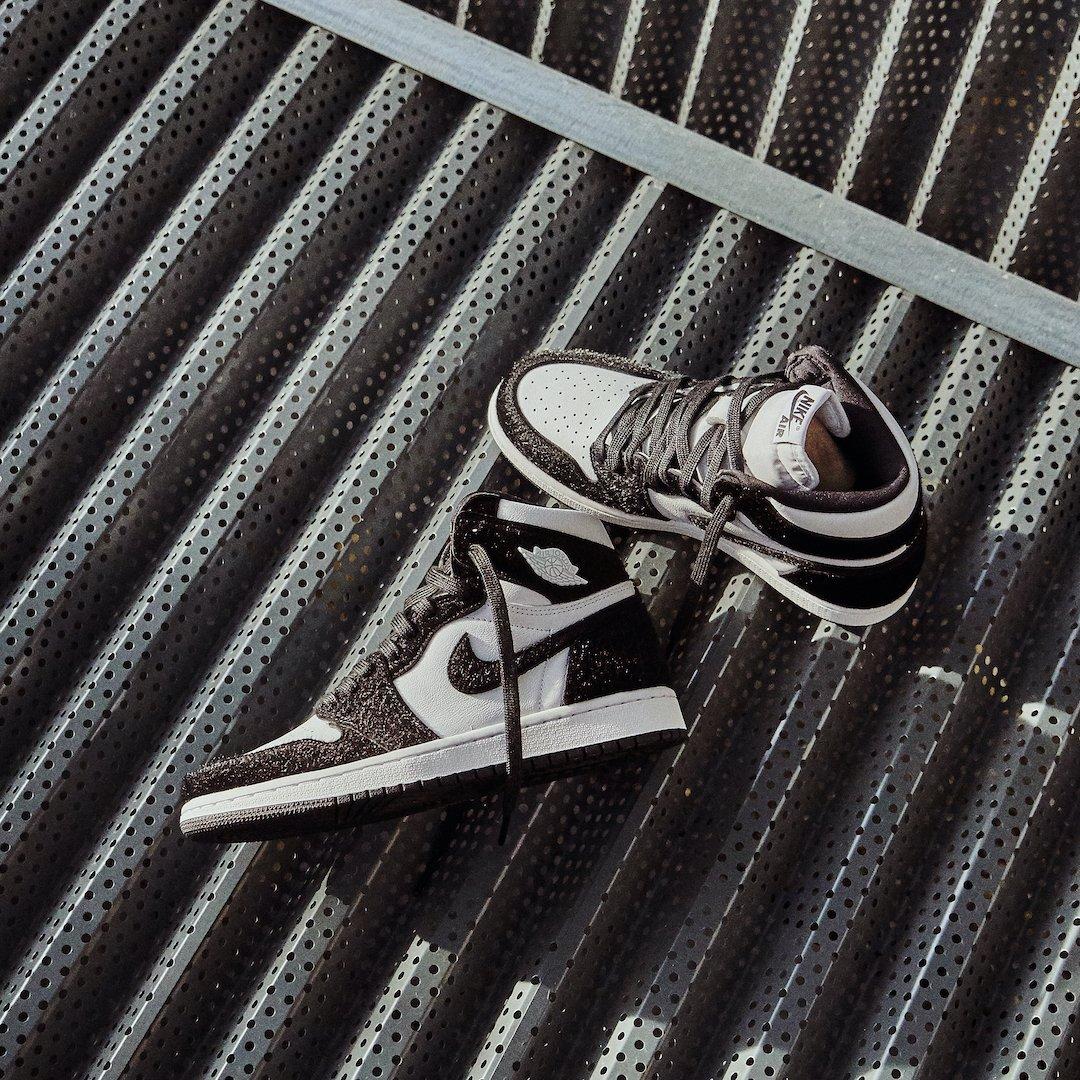 Air Jordan 1 Retro High OG Panda Twist