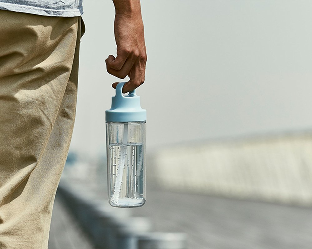 TO GO bottle 480ml in light blue