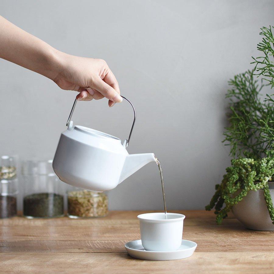 KINTO LEAVES TO TEA TEAPOT 600ML WHITE