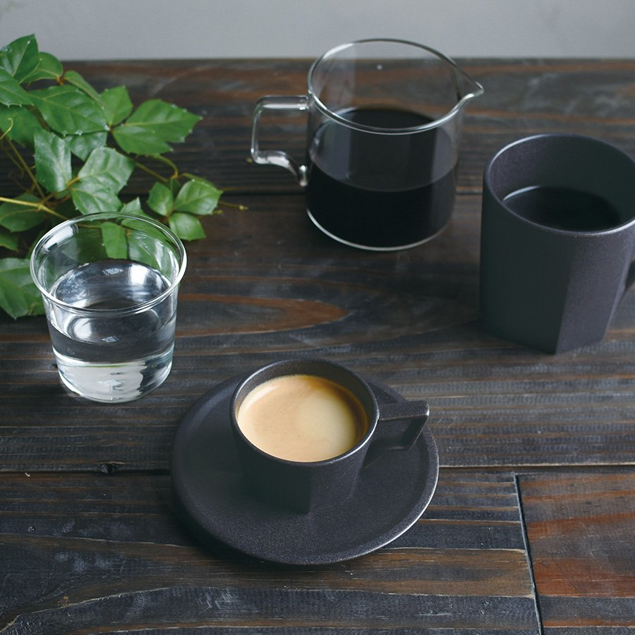 KINTO OCT CUP & SAUCER 80ML / 3OZ BLACK
