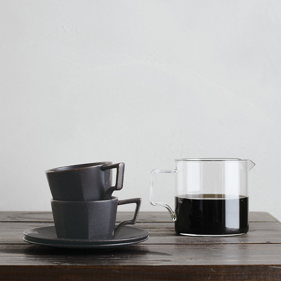 KINTO OCT CUP & SAUCER 220ML / 7OZ BLACK