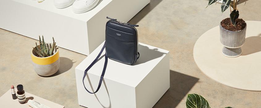 KNOMO Small Bags Category Image | knomo.com