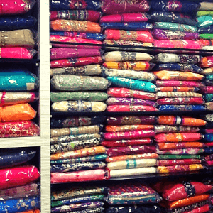 NEW JAYSHREE COLLECTION ALL TYPES OF FANCY DRESS MATERIALS in Andheri (W), Mumbai