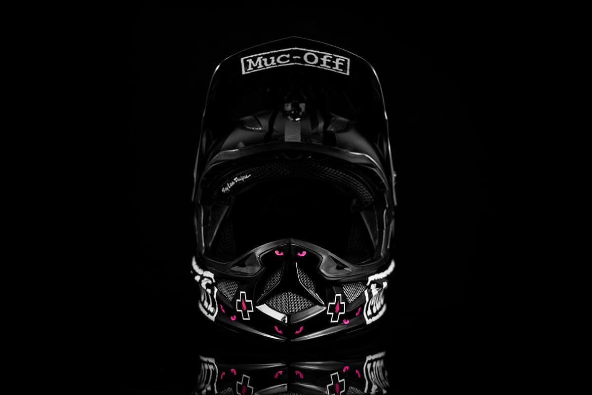Jono Jones - Custom Helmet Image 2