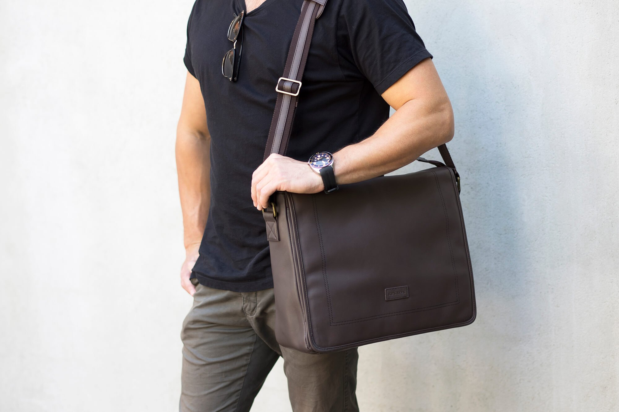 thumb-HARDY SATCHEL - TAN