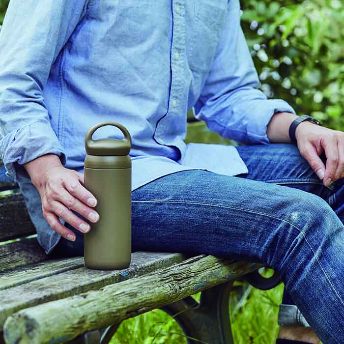 KINTO DAY OFF TUMBLER 500ML CAP KHAKI