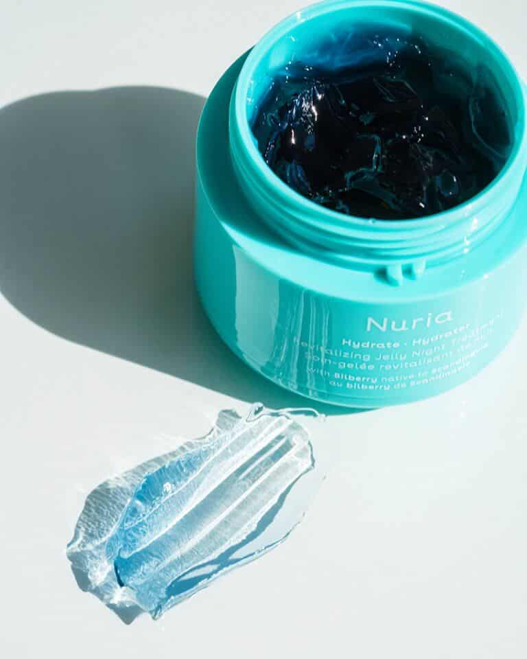 Hydrate Revitalizing Jelly Night Treatment with Bilberry, Gardenia, Spring Snowflake, Safflower, and Rosemary