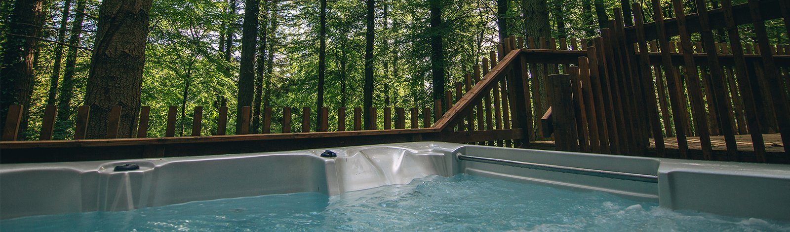 VACATION RENTALS MEANT FOR HOT TUBBING