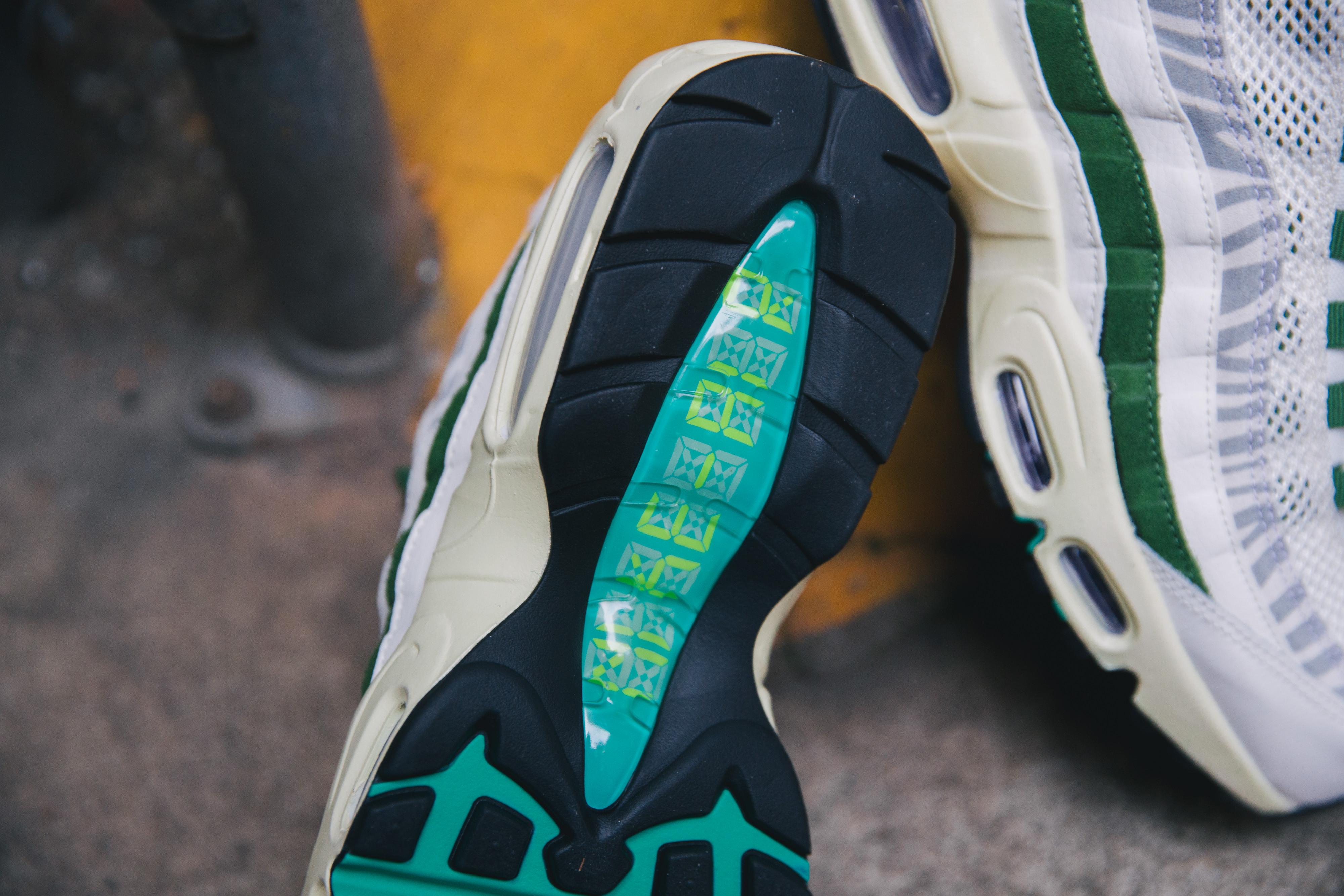 Nike Air Max 95 Era - Sail/New Green-Forest Green 'Safari'