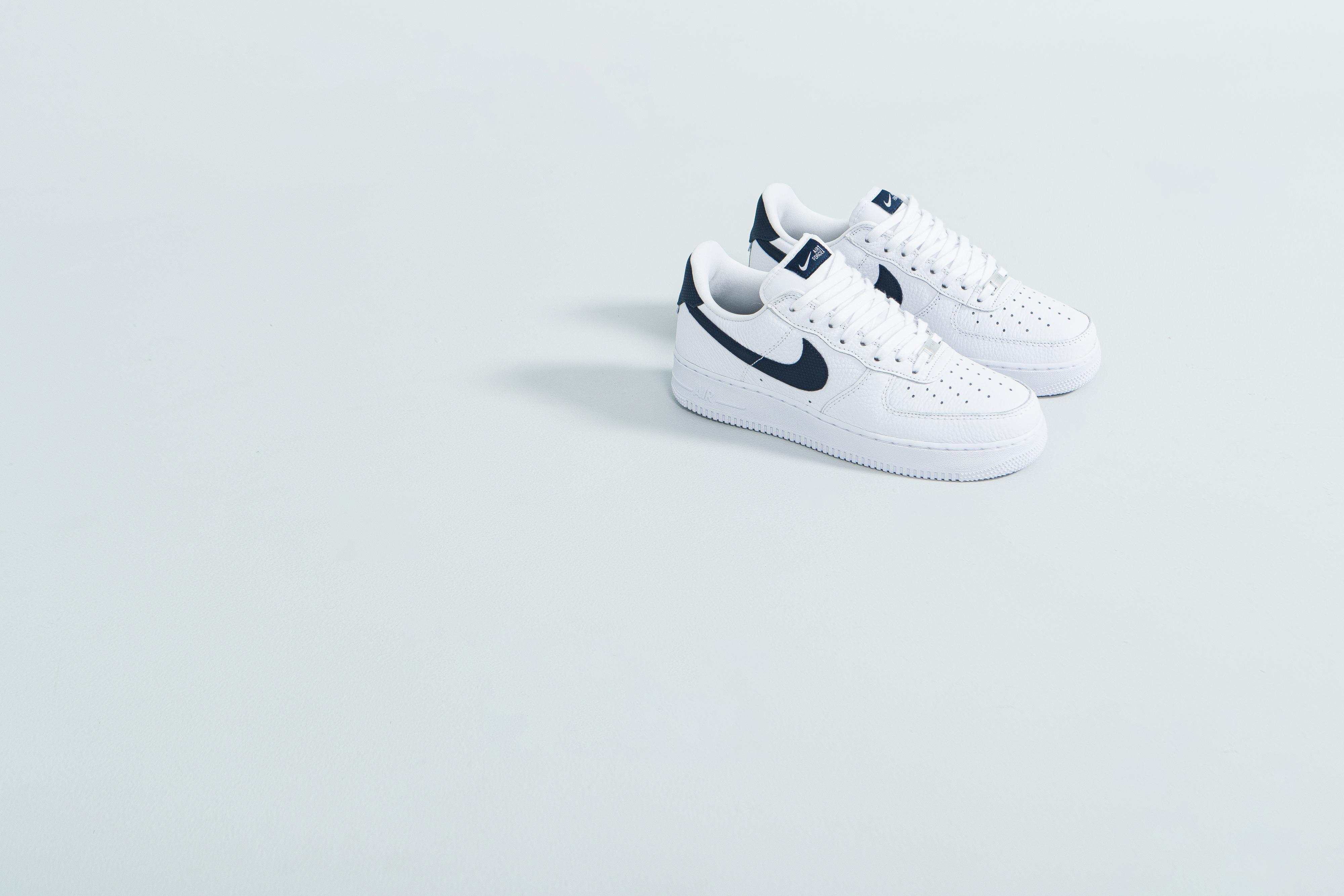 Nike Air Force 1 'Craft' - White/Summit White & White/Obsidian