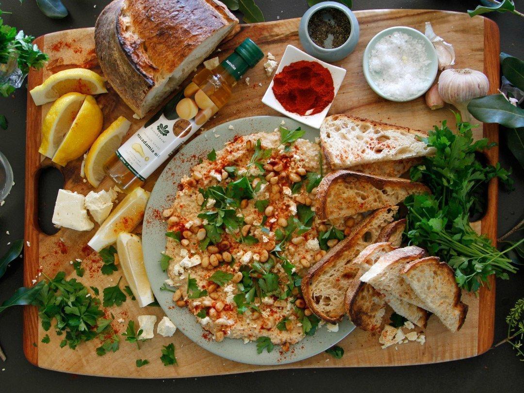 Roast Macadamia Hommus