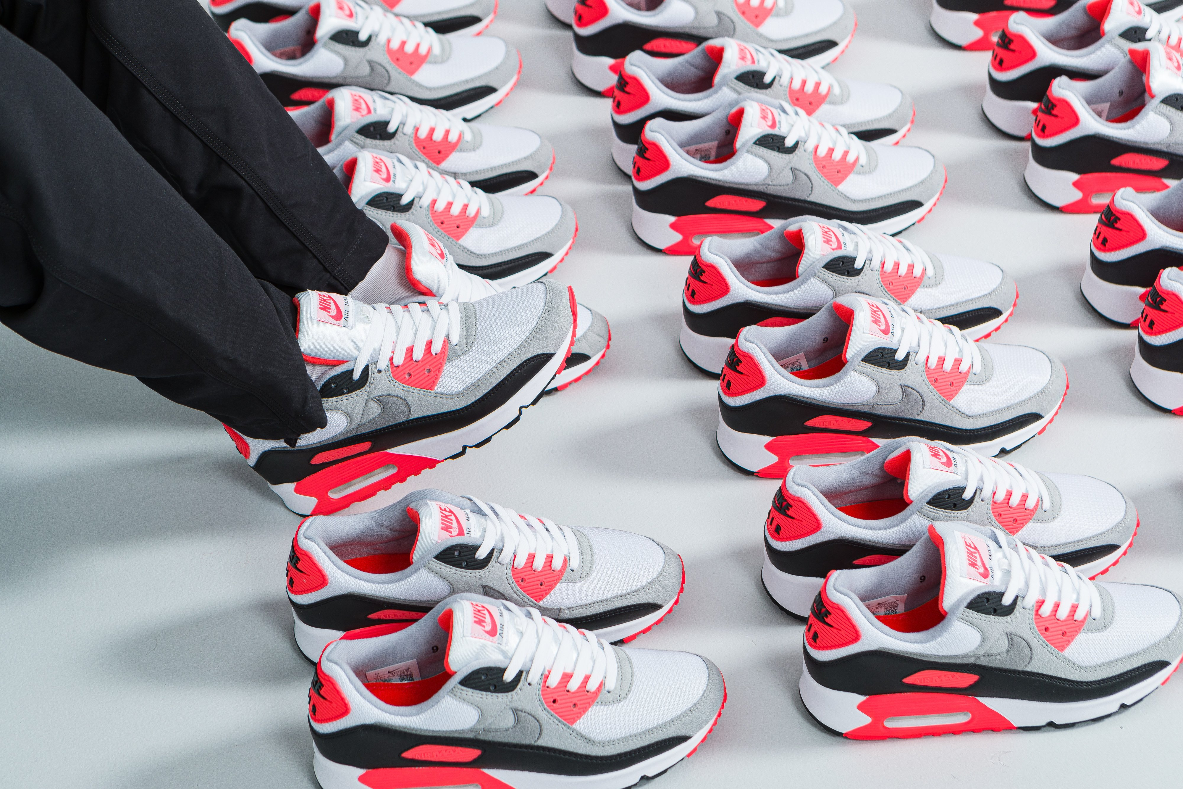 Nike Air Max III 'Radiant Red' | Up There