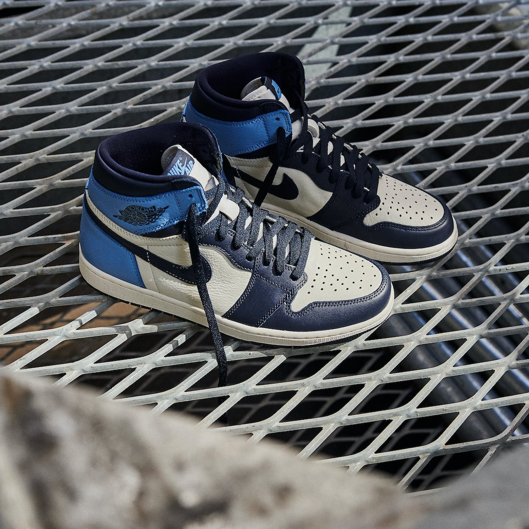 Air Jordan 1 Retro High OGObsidian UNC 2019 - 555088-140 ...