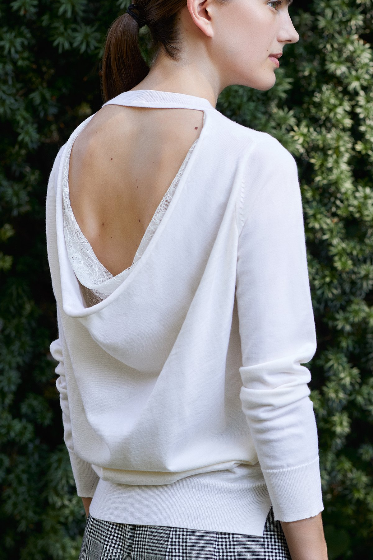 DRAPE BACK KNIT IN MERINO WOOL