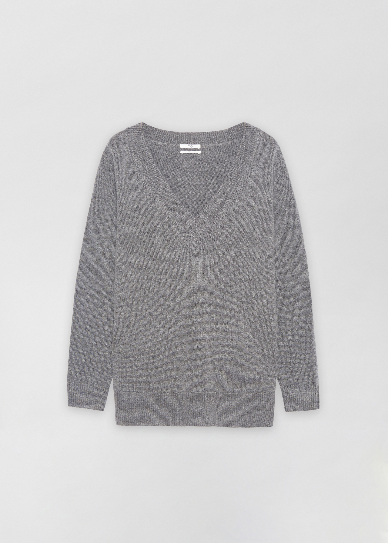 V-Neck Boyfriend Sweater in Wool Cashmere - Brown in Grey by Co Collections