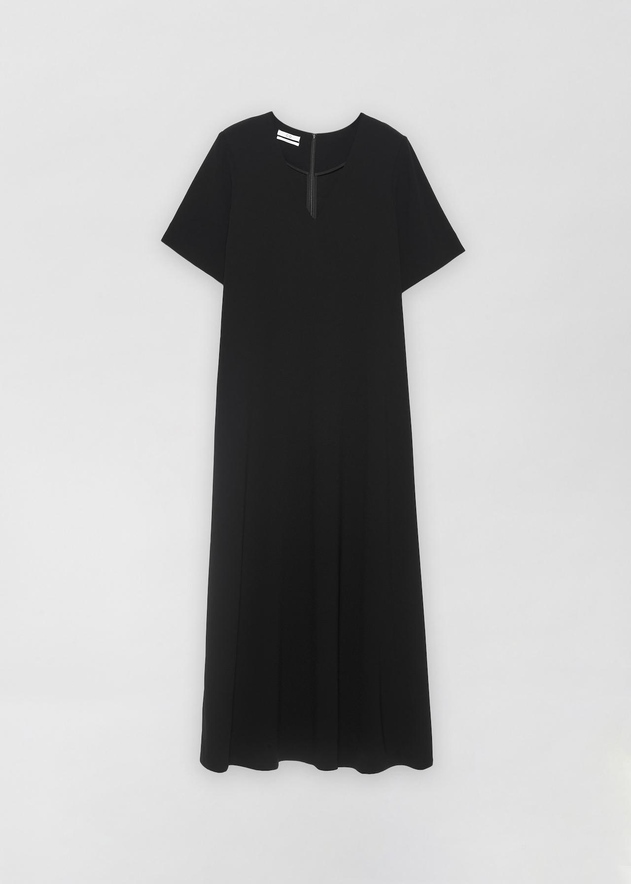 CO - Short Sleeve V-Neck Dress in Stretch Crepe - Black