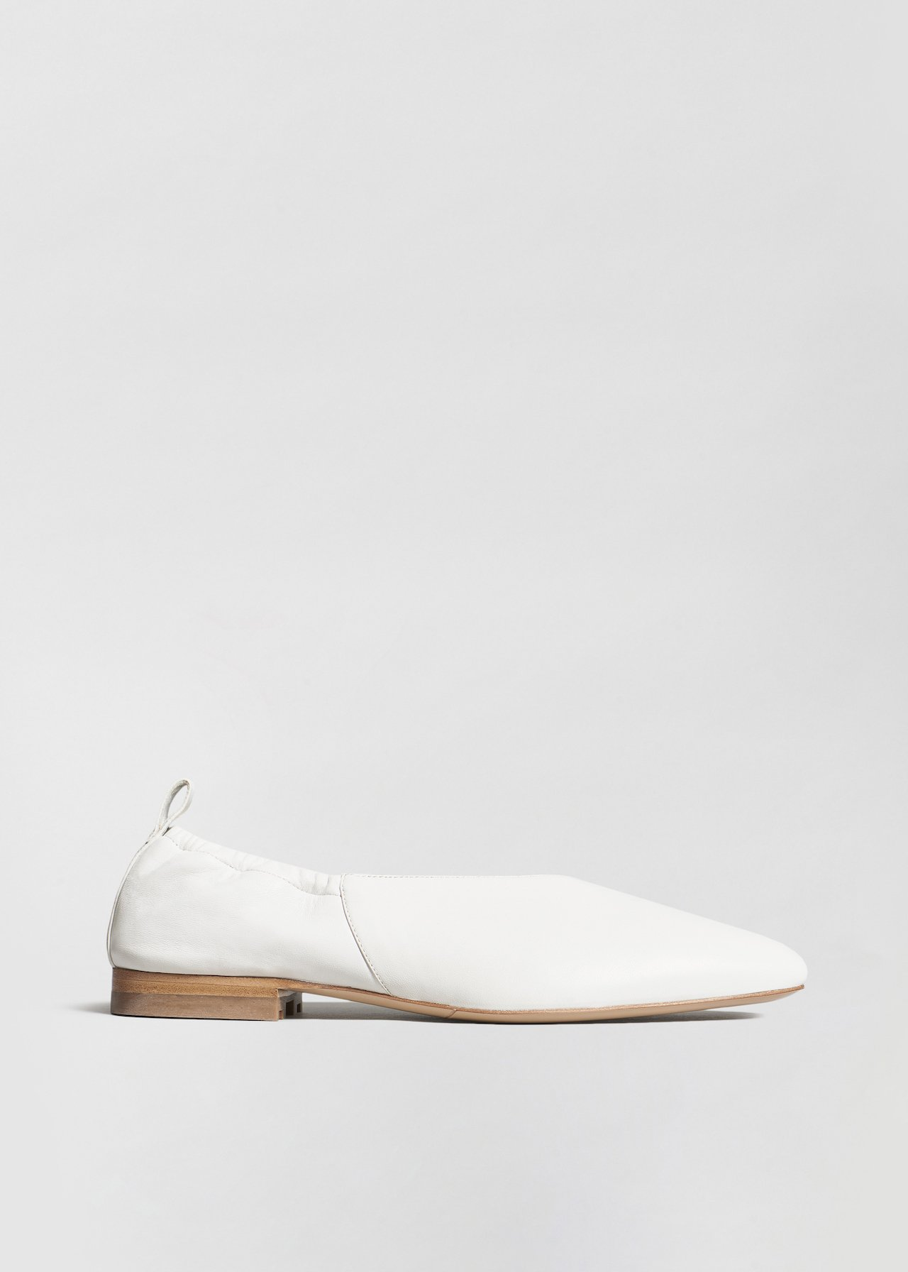 Ballet Flat in Smooth Leather - Black in Ivory by Co Collections
