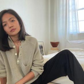 https://shainamote.com/products/saatchi-sweater