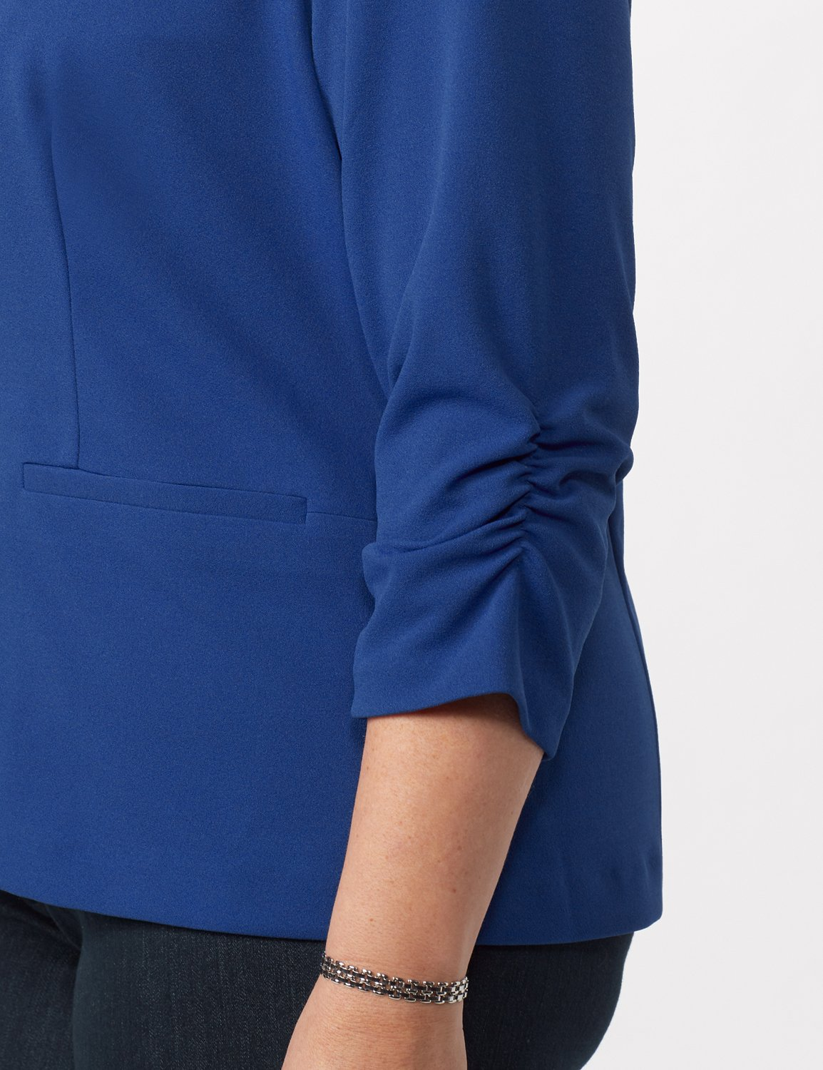 Cinched Sleeve One pocket Notch Collar Topper Plus - Royal - Detail