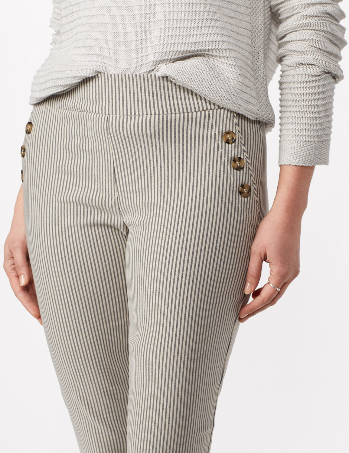 Stripe Ankle Pants with Button Pockets - Black/linen - Detail