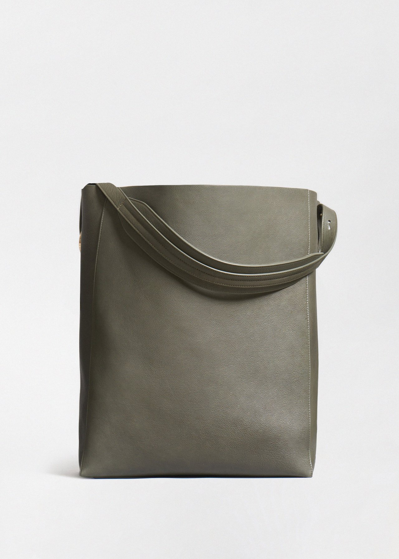 Classic Tote in Pebbled Leather - Olive - Co Collections