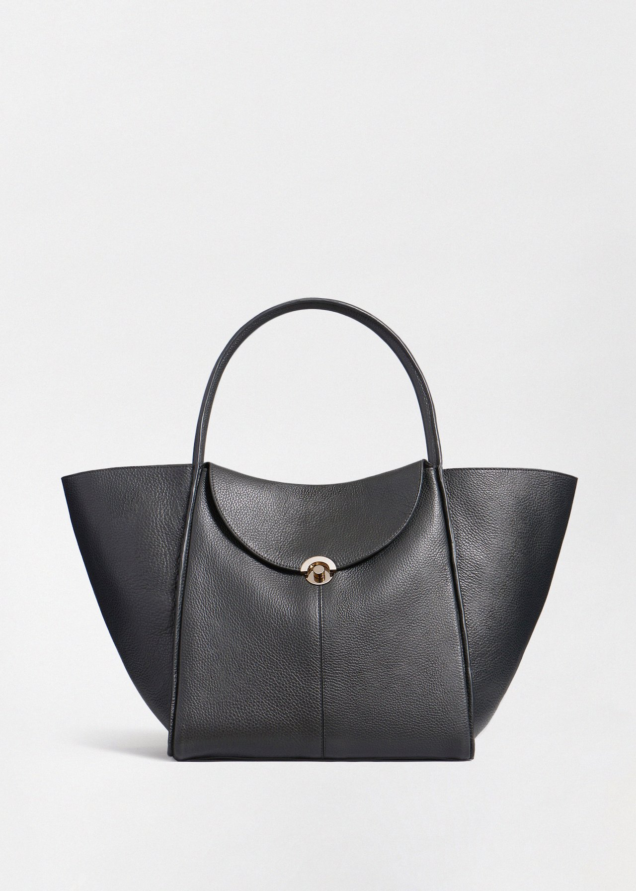 Cabas Bag in Pebbled Leather - Ivory in Black by Co Collections