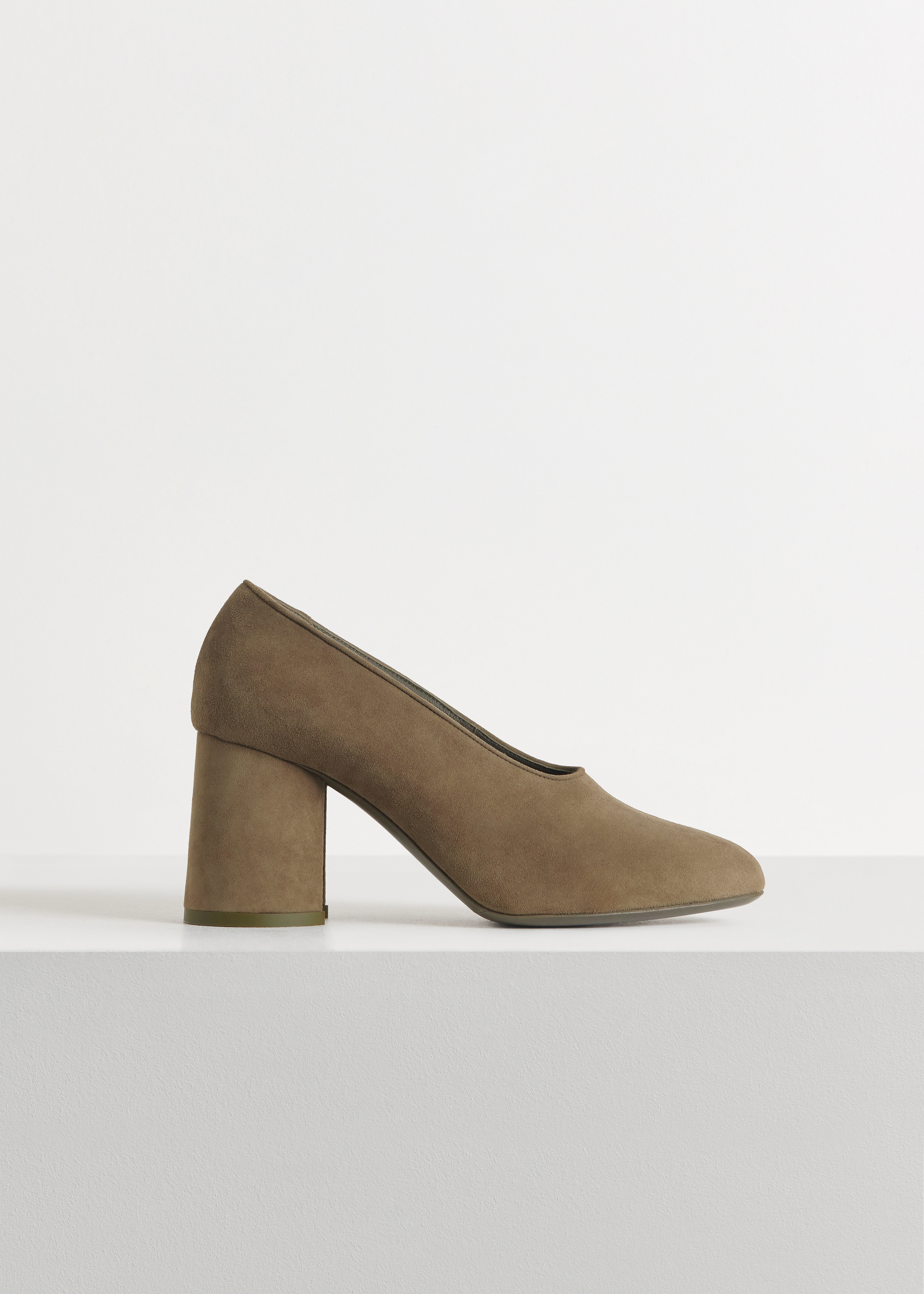 Classic Pump in Suede - Black in Olive by Co Collections