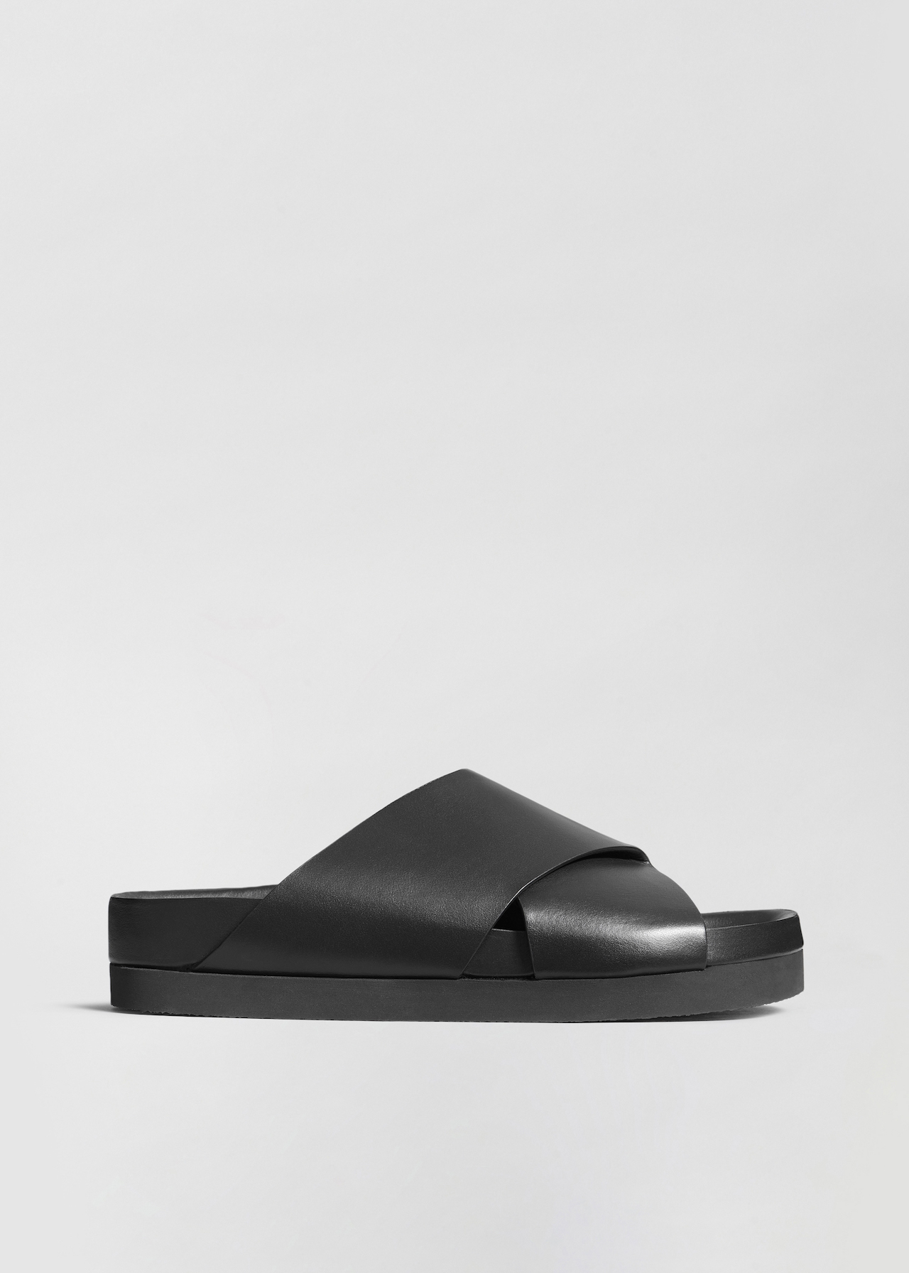 Slide Sandal in Smooth Leather - Ivory in Black by Co Collections