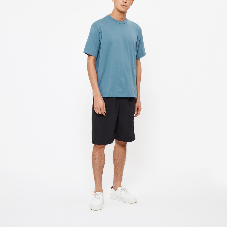 "Model: Height 6'0""   Wearing: GRAYISH BLUE / M"