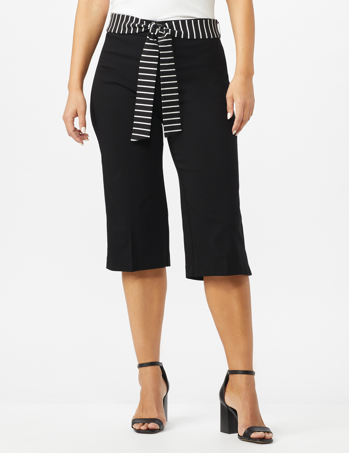 Pull On Crop Pants With Printed Tie Sash -Black - Front