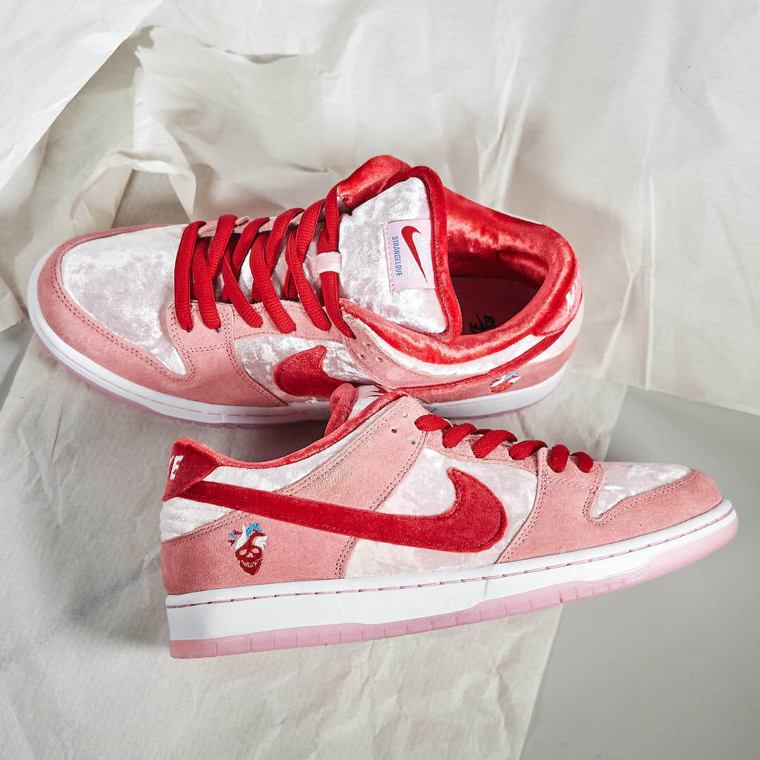 Nike SB Dunk Low StrangeLove - CT2552-800