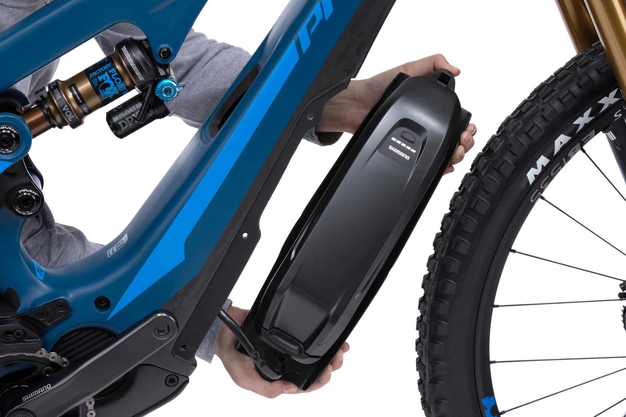 Pivot Shuttle TEAM XTR Electric Mountain Bike