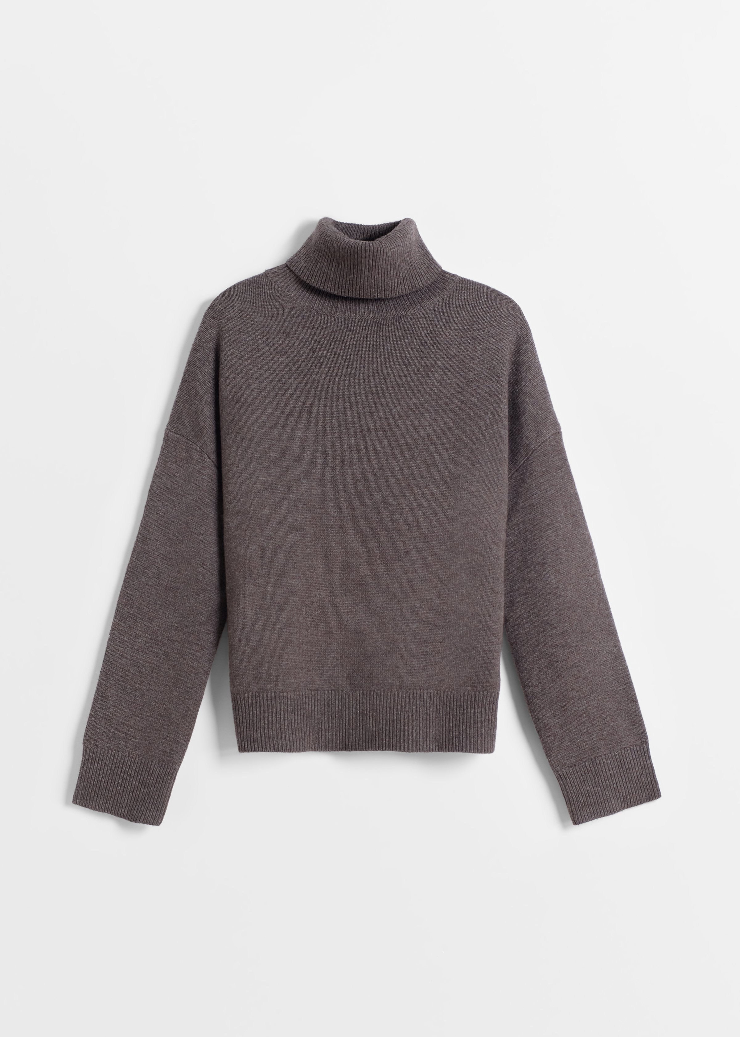 Boxy Turtleneck Sweater - Brown - CO