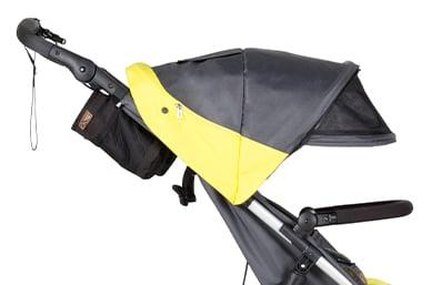 """excellente protection solaire UPF50+, avec pare-soleil supplémentaire en maille, rabat """"peek-a-boo"""" et rangement zippé."""