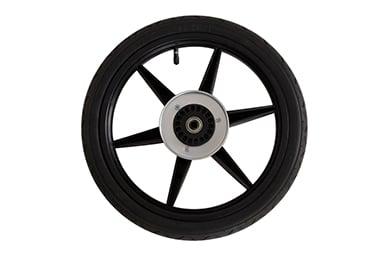 """utilisation active avec les pneus de 16"""" à air véritable de la roue arrière qui ont une construction bias ply pour un jeu plus robuste sont inclus."""