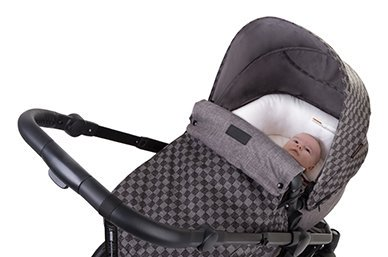 'on-stroller' carrycot with cosytoe included