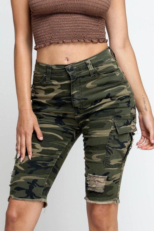 Ripped & Skinny Bermuda Shorts -Army - Front