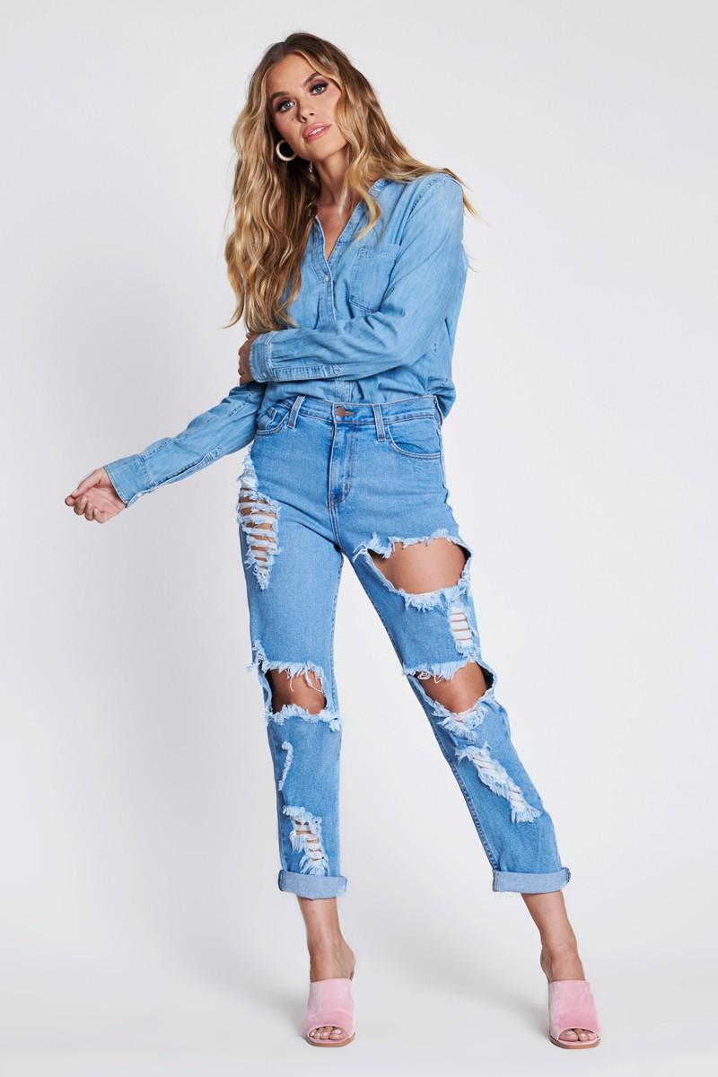 Savage Distressed Mom Jeans -Medium stone - Front