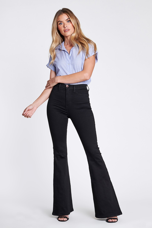 Clasic Black Flare Jeans -Black - Front