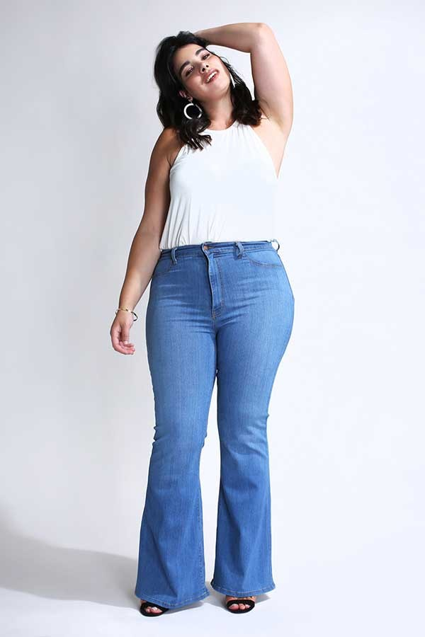 Plus Size Classic Flare Jeans -Medium stone - Front