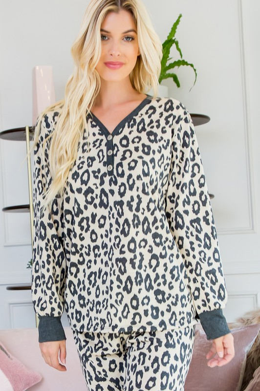 Leopard Weekend Top -Light taupe - Front