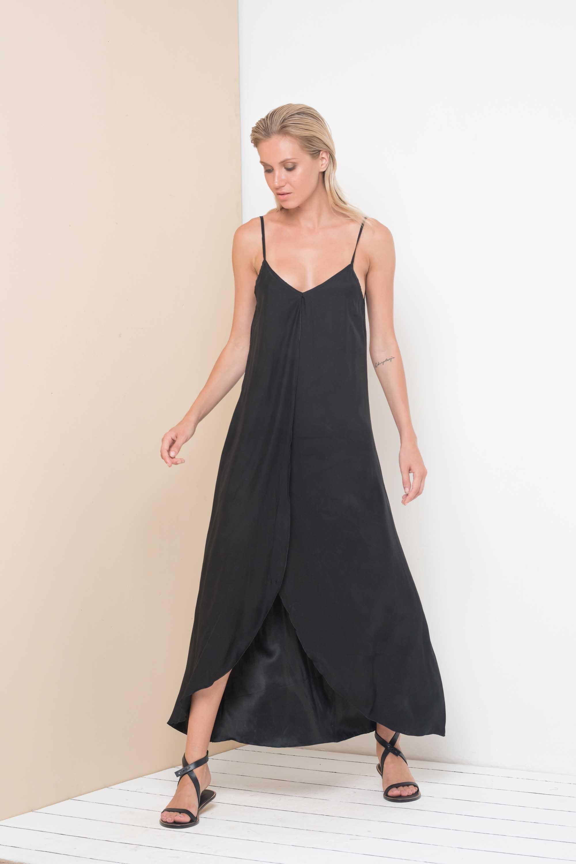 Pre-Order Curve Alanis Dress -Black - Front